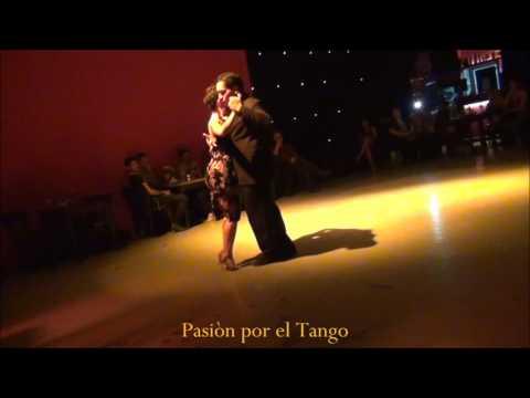 NAOMI HARRIS y JULIO CALDERON Bailando la Milonga PARQUE PATRICIOS en LO DE NIETO