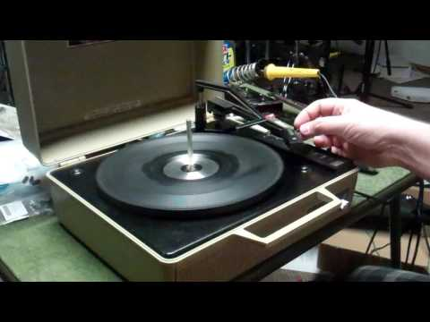 Swingmate Concert Hall Automatic Portable Record Changer