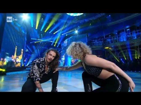 La salsa di Giaro Giarratana e Lucrezia Lando - Ballando con le Stelle 10/03/2018