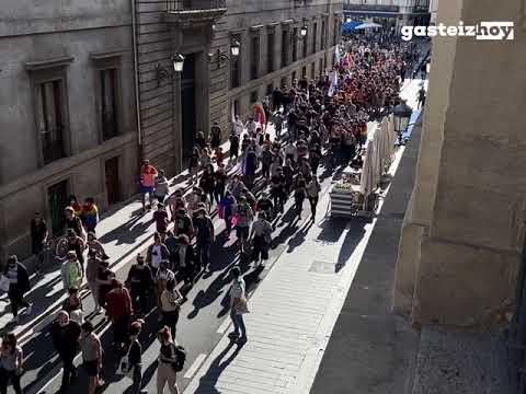 Manifestación 28J en Vitoria-Gasteiz