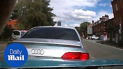 Crash for cash gang staged car accident to make fraud claims - Daily Mail