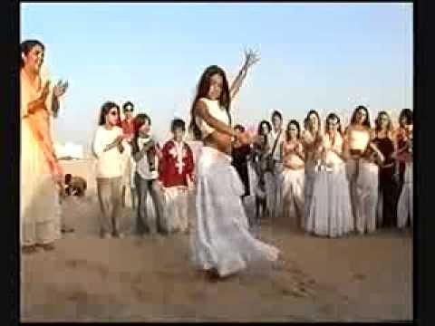 احتفال غجر في زفاف على الشاطئ /Gypsies in the wedding on the beach