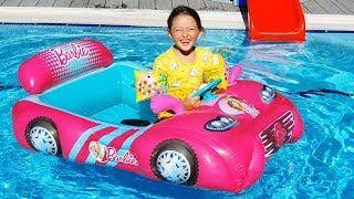 Öykü and Barbie car - fun play in pool