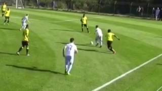 superb nutmeg by coventry city fc winger kyle spence