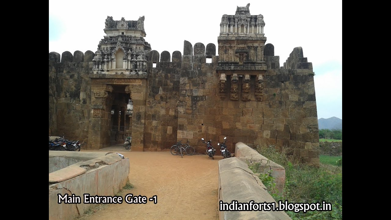 the history of gadwal fort in Raja of gadwal  save gadwal  west entrance of the vizianagaram fort in andhra pradesh history vizianagaram kingdom.
