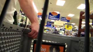 open carry in krogers shopping. see what happens