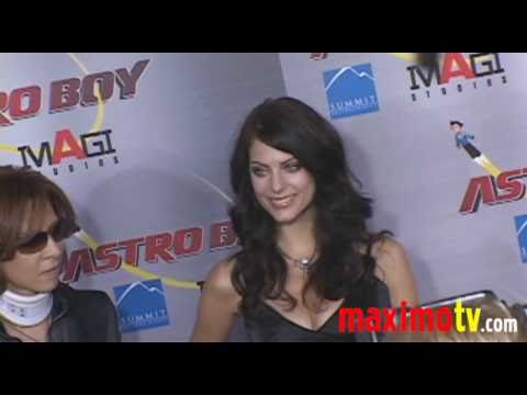 JULIA VOTH Gorgeous at ASTRO BOY Premiere