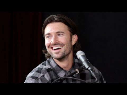 Brandon & Leah  Animal Miike Snow   Performance  On Air with Ryan Seacrest