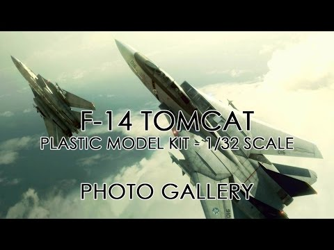 F 14 TOMCAT - PLASTIC MODEL KIT - 1/32 SCALE ( PHOTO GALLERY )