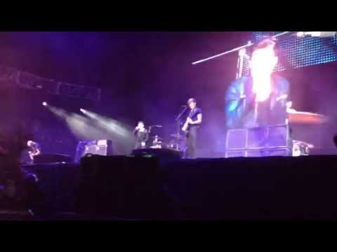 AFI - Kill Caustic LIVE Vive Latino 2014 Mexico City