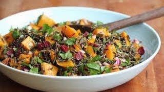 Салат с диким рисом под кисло-сладким соусом