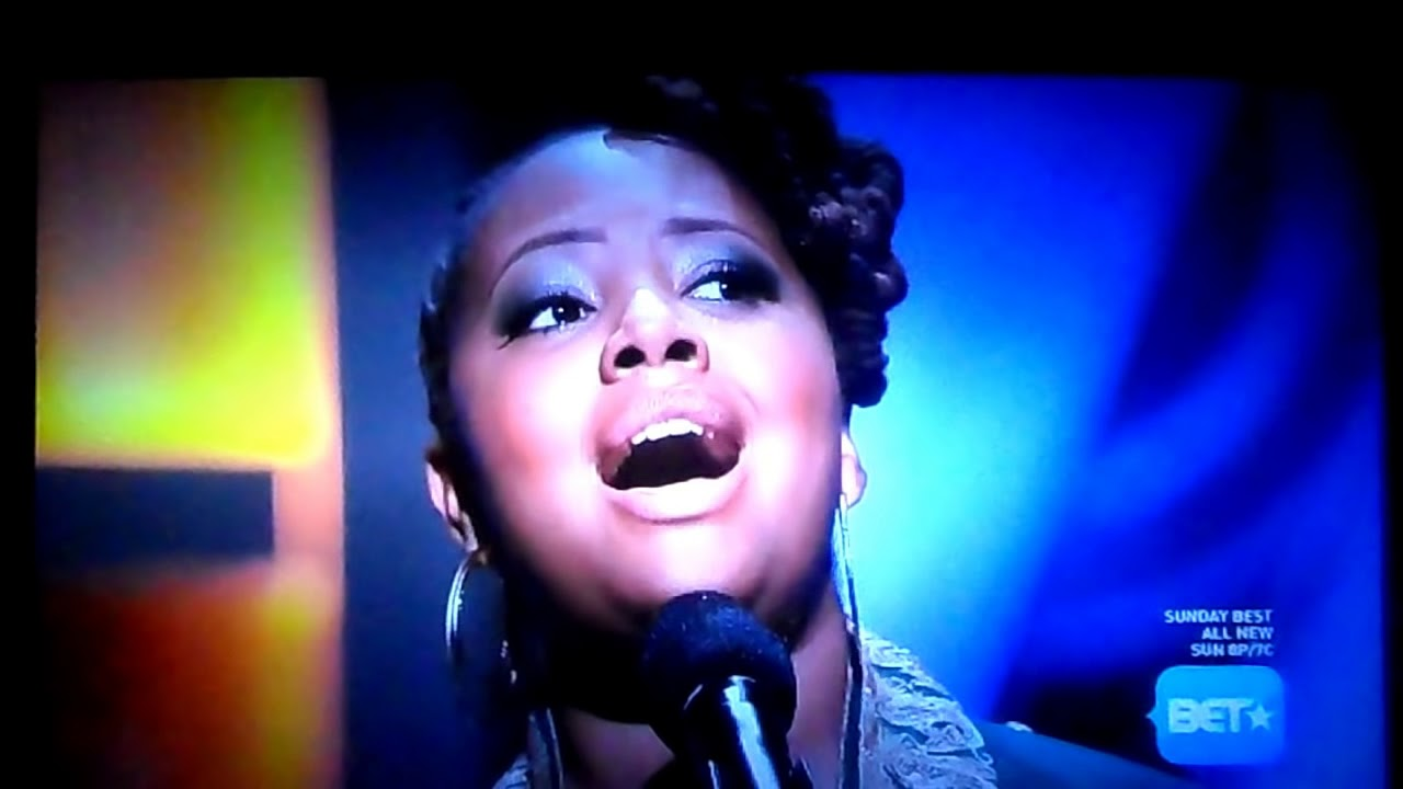 """Lalah Hathaway sings """"A Song For You"""" on BET's """"Apollo ..."""