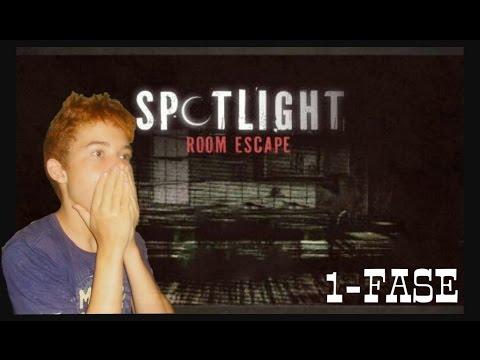 Spotlight Room Escape Parte