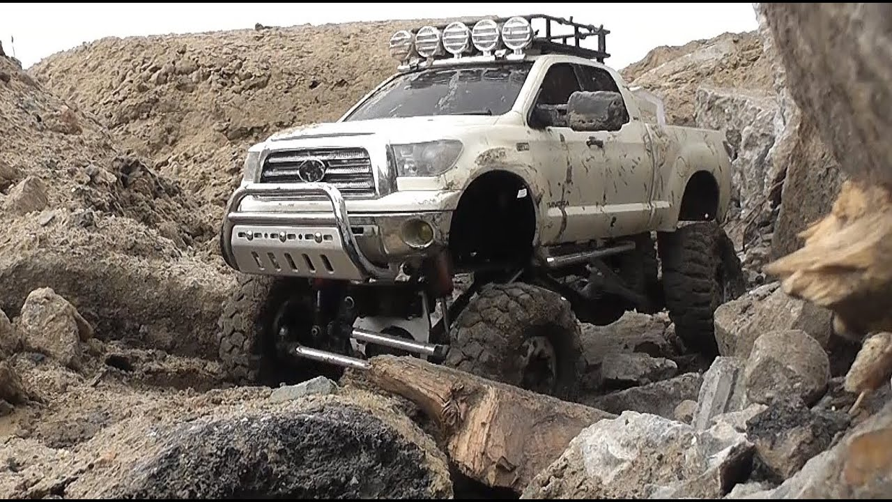 toyota tundra rc wd mudding  man kat   hpi crawler