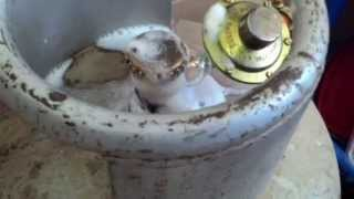 How to check leakage in a gas cylinder? thumbnail
