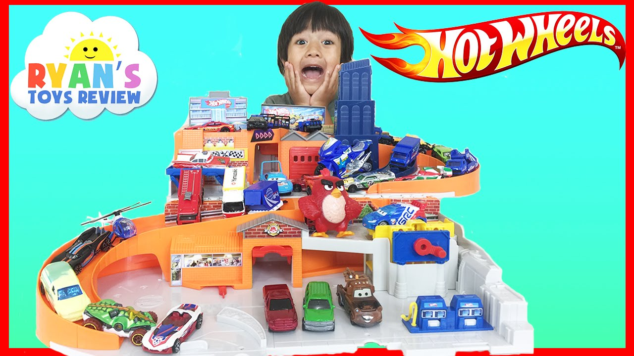 Hot Wheels Sto And Go Play Set Classic With Disney Cars