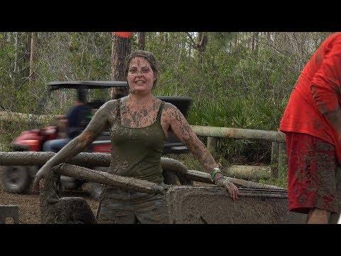 Stuck in Mud - Sunday Funday - 4k