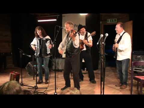 Alf Olssons        gammaldans            orkester i Ransäter 2012