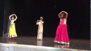 Soja Zara  | Diwali Dance Performance | Skinner West | Chicago | 2017