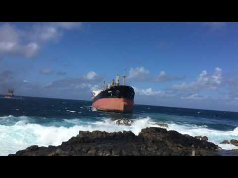 Re-FLoating of the MV BENITA in Mauritius