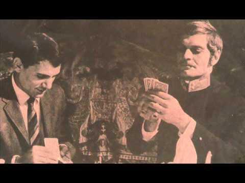 عبد الحليم يحاور النجم العالمي عمر الشريف في النمسا 1968 - مكتبة مفيد عوض