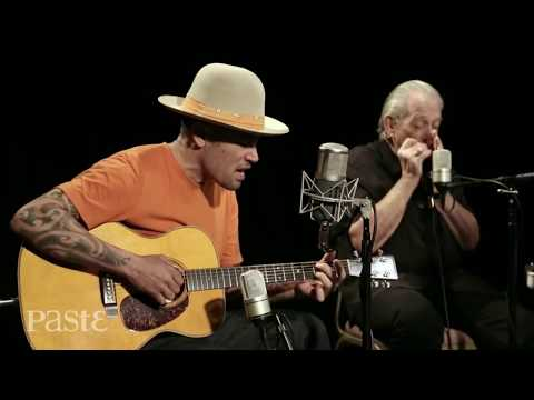 Ben Harper and Charlie Musselwhite at Paste Studio NYC  from The Manhattan Center