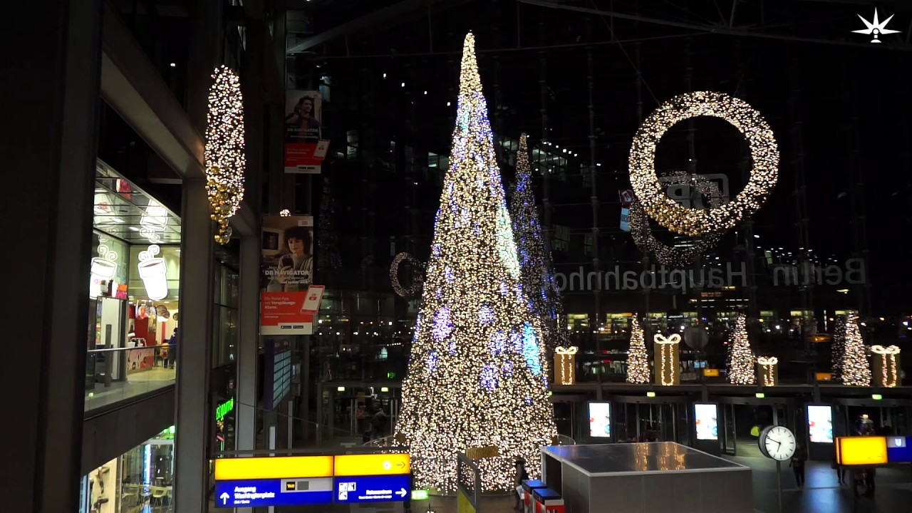 Weihnachtsbaum Berlin.5 12 2016 Weihnachtsbaum Berlin Hauptbahnhof Sony Alpha 6000