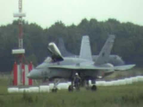 KLU045 Hornet03