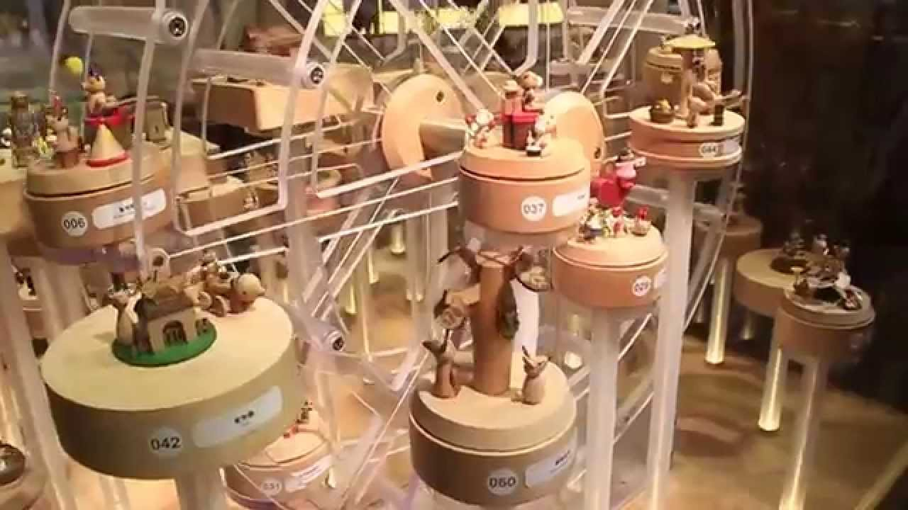Wooderful Life Toy Displays At Hysan Place And Lee Gardens Hong Kong Youtube