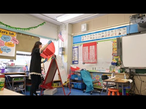 N.Y.C. Schools Can Reopen, Cuomo Says, Making It One of Few ...