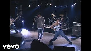Rage Against The Machine - Bombtrack (Live Version)