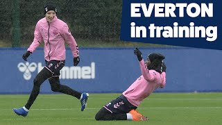 FINISHING DRILLS IN THE RAIN | EVERTON IN TRAINING AHEAD OF NEWCASTLE CLASH