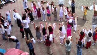 Festa танец средней группы