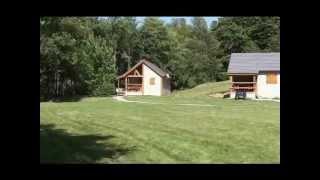 Vacances en Auvergne : location aux Chalets de l'Eau Verte