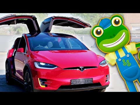 Electric Cars For Kids | Tesla Model X | Gecko's Real Vehicles