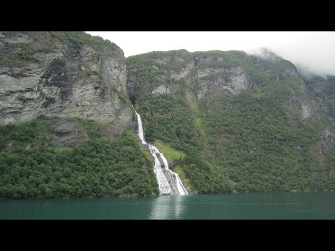 Geiranger (Norway) - Travel Series 8