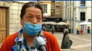 Ciudadanos pide un plan para limpiar los excrementos de las palomas en Grado.