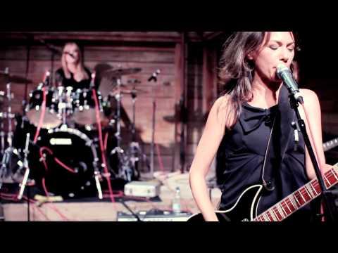 The Bangles - Hazy Shade of Winter (live!) - SXSW2011 austin, tx susanna hoffs