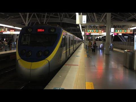 2085次台中燈會加班區間快車台中站出站