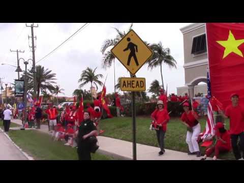 Trump Mobile Approaching the Hotel Eau Palm Beach