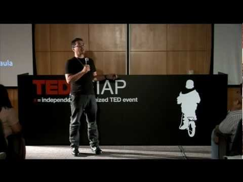 Facebook e a verdadeira revolução: René de Paula JR at TEDxFIAP