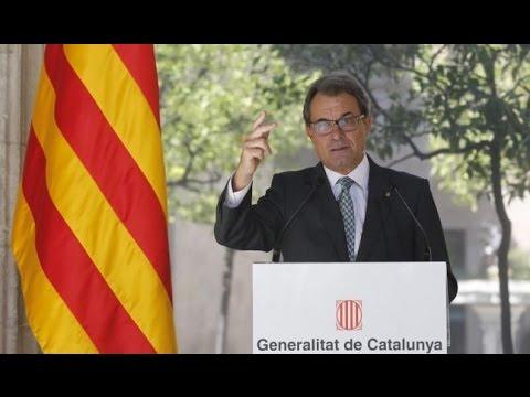 Catalonia president signs independence referendum decree