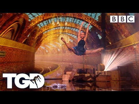 All Aboard for Ellie's Final Performance | The Greatest Dancer