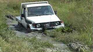 How to winch out of the mud, Extreme offroad mud bog - WARN 8274
