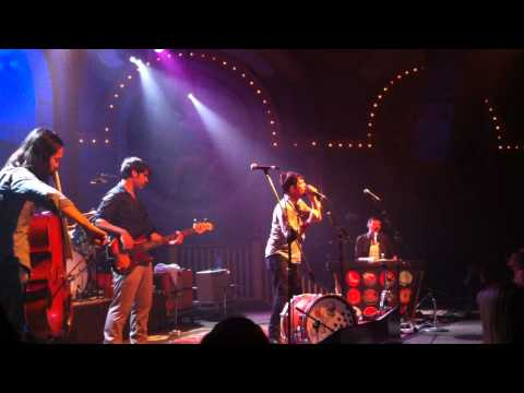 Avett Brothers - I and Love and You (live...