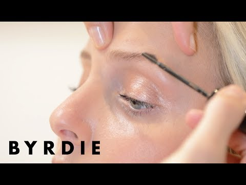 Celebrity Brow Artist Kristie Streicher's Everyday Eyebrow Tutorial | Byrdie