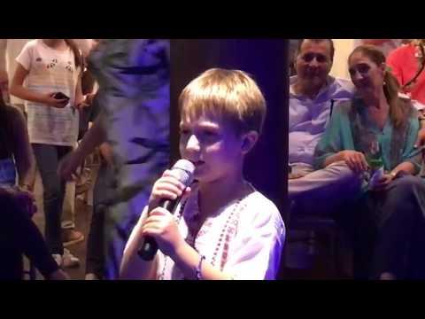 Luka singing Karaoke (2)
