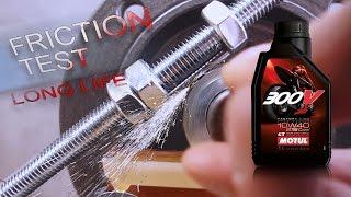 Motul 300V 4T Factory Line 10W40 Jak skutecznie olej chroni silnik?