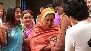 Diya Aur Baati Hum-24th December 2015 | Full UNCUT | On Location | Sandhya, Sooraj