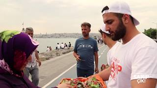 İstanbul'a Sahip Çık Platformu Üsküdar'ı Çiçeklendirdi